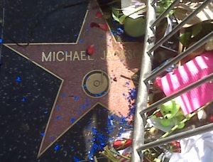 Michael_Jackson_Star_on_Hollywood_Blvd_(cropped)